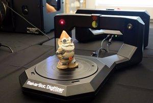 MakerBot Digitizer Desktop 3D сканер
